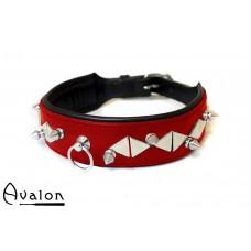 Avalon - REVERED - Collar med spisse og flate nagler - Rødt